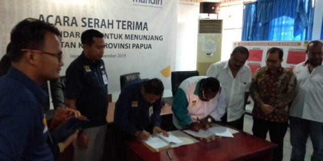 Bank Mandiri Hibahkan Bis ke Koni Papua