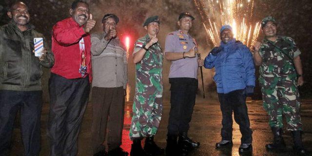 Kawasan Lapangan Terbang Kobakma Jadi Pusat Pesta Kembang Api Pergantian Tahun di Mamteng