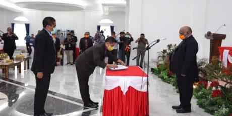 Wagub Lantik Ridwan Rumasukun Jadi Penjabat Sekda Papua