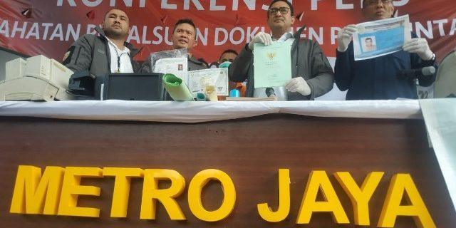 11 Tahun Beroperasi, Mafia Pemalsu Dokumen Ditangkap