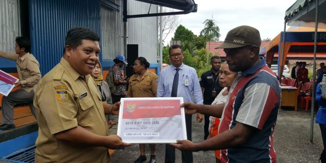 Pemkab Yapen Launching Program BPNT